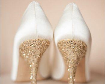 5 nifika papoutsia gia fthinoporino gamo 2 350x280 - 5 νυφικά παπούτσια για φθινοπωρινό γάμο