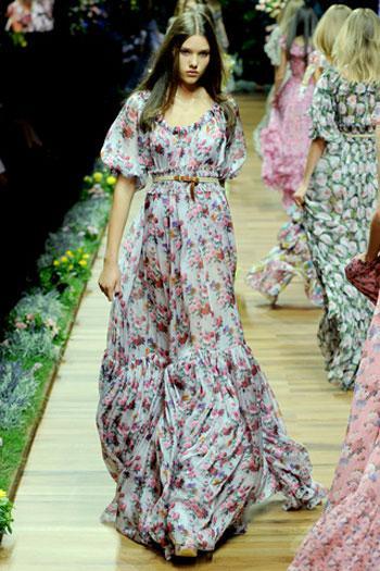 vradina foremata D&G anoiksi kalokairi βραδινά φορέματα