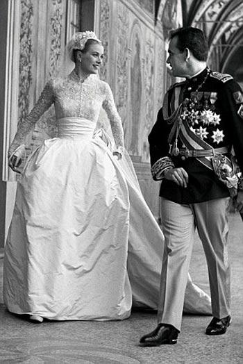nifiko vintage styl dekaetia 50s 60s νυφικό Grace Kelly νύφη